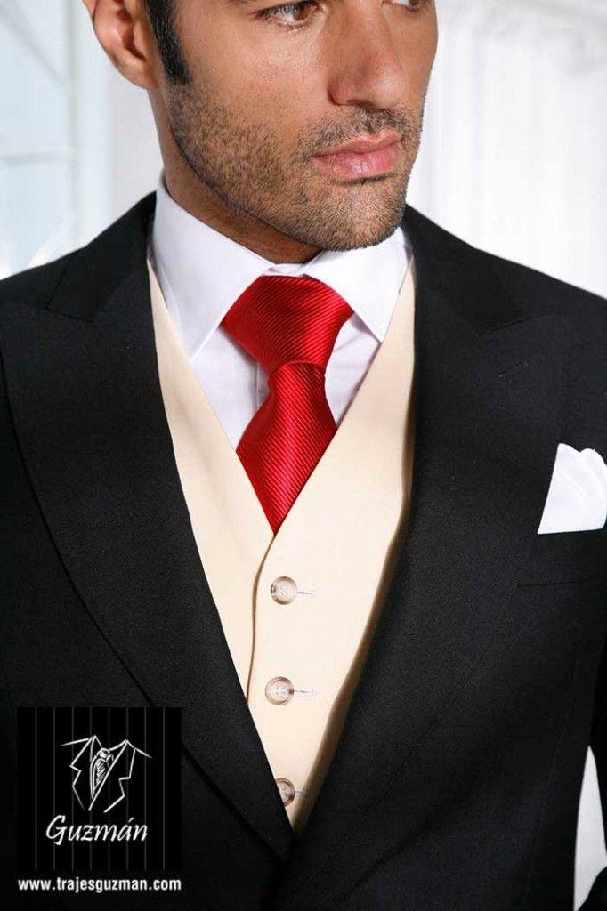 Corbata con chaleco recto