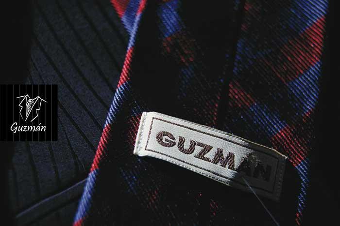 Detalle corbata Guzmán